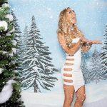 Dàn sao nữ WWE đẹp lung linh trong bầu không khí Giáng Sinh